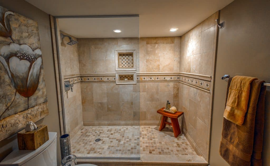 pewaukee bathroom remodels